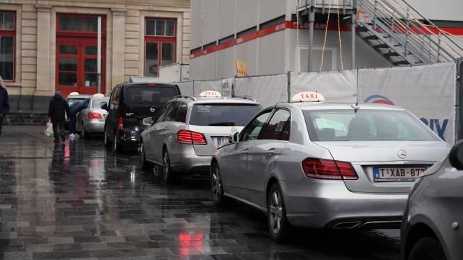 "Werkstraf na bedreigingen aan taxichauffeur: ""Sigaret of ik leg je om"""