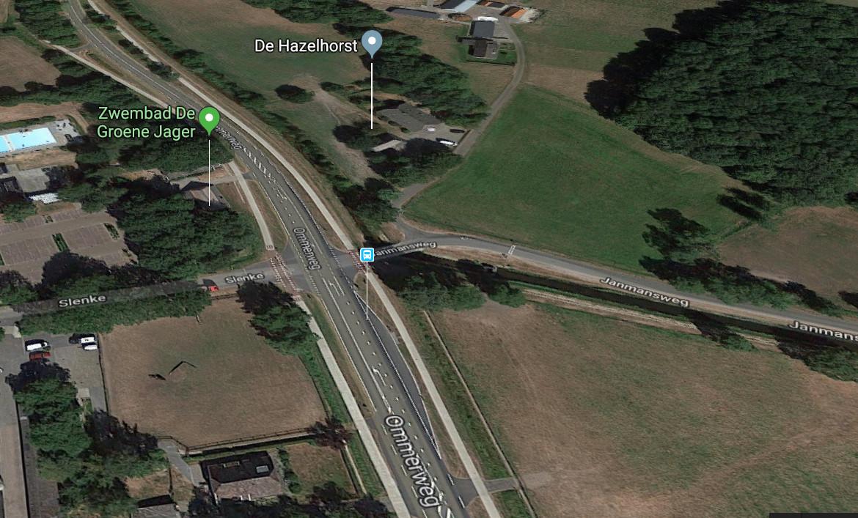 De kruising van de Ommerweg met de Janmansweg