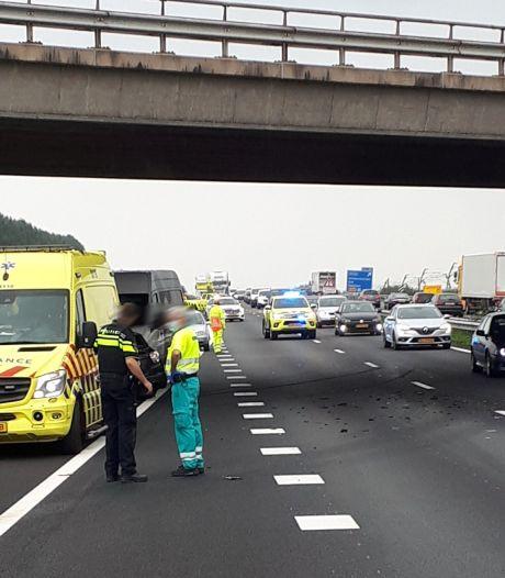 File opgelost na eerder ongeval op A15 bij Wadenoijen