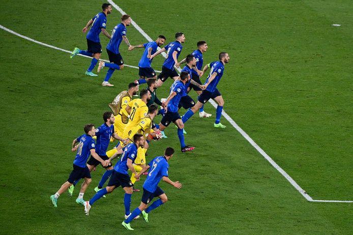 L'Italie n'a pas tremblé contre la Suisse et valide son ticket pour les huitièmes de finale.