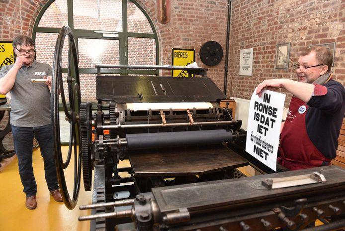Archiefbeeld - De drukpers in CC De Brouwerij is één van de blikvangers op Erfgoeddag in Ronse.