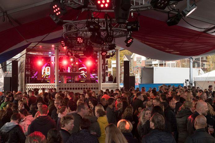 Koningsnacht op 't Weitje is een evenement dat voor geluidsoverlast zorgt, menen omwonenden.