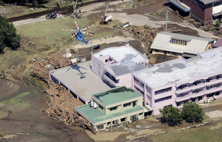 Het overstroomde bejaardentehuis