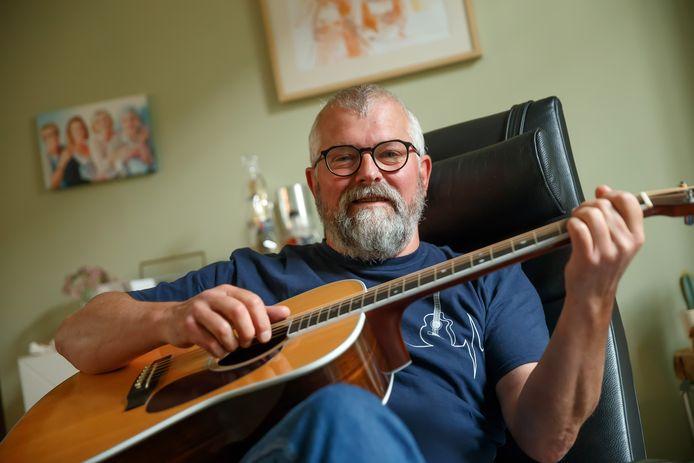 Jacques Wagtmans (61) uit Etten-Leur richt samen met vriend Zjef Naaijkens uit Tilburg een wietcoöperatie op.