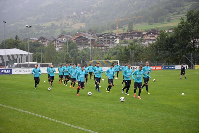 PSV werkte een deel van de voorbereiding in juli ook de afgelopen twee jaar in het Zwitserse Verbier af.
