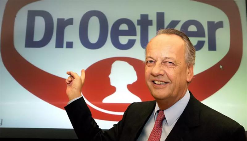 August Oetker, CEO du groupe en 2006