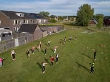 Eindelijk weer gymmen in Wezep, ook al is het dan zonder balk, trampoline of paard