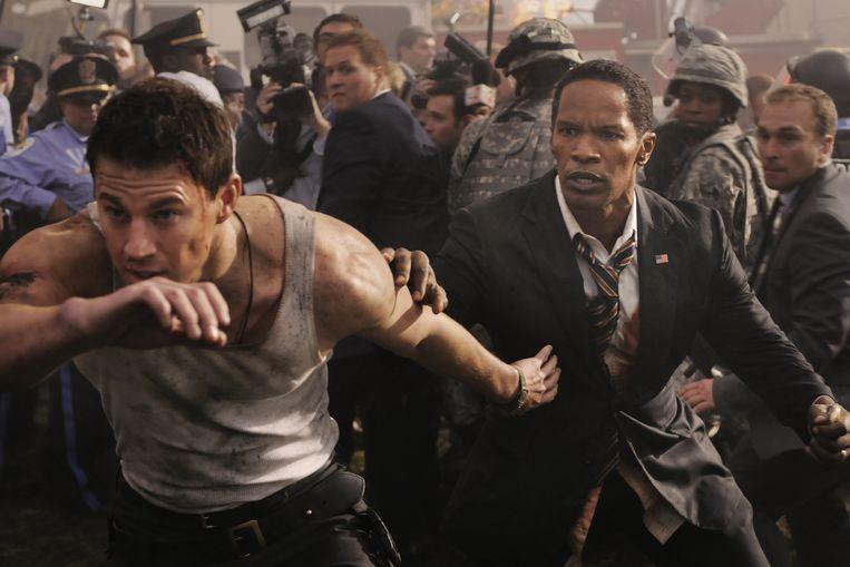 Channing Tatum (links) en Jamie Foxx in White House Down. Beeld