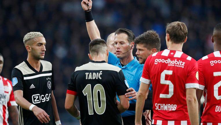 Eerder dit seizoen floot Makkelie in Eindhoven de wedstrijd PSV-Ajax: 3-0. Beeld Pro Shots