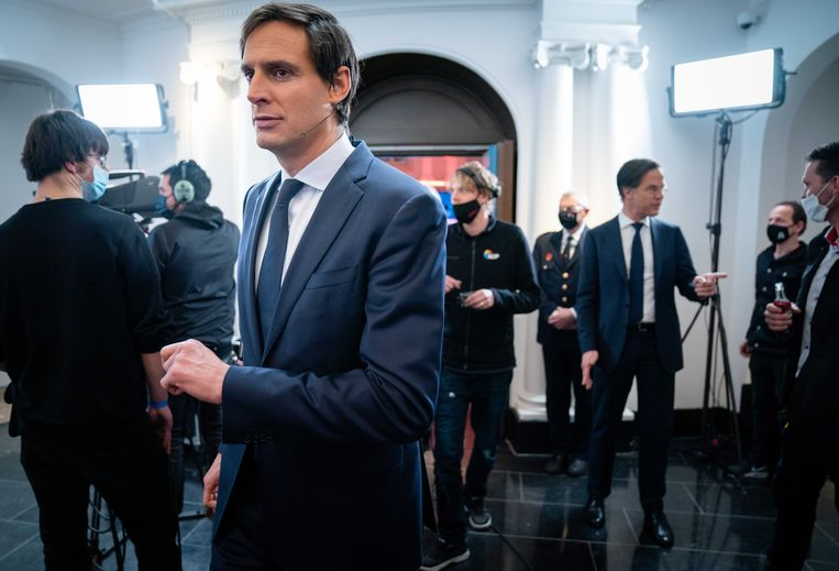 Wopke Hoekstra en Mark Rutte na afloop van het RTL Verkiezingsdebat, afgelopen zondag.  Beeld ANP