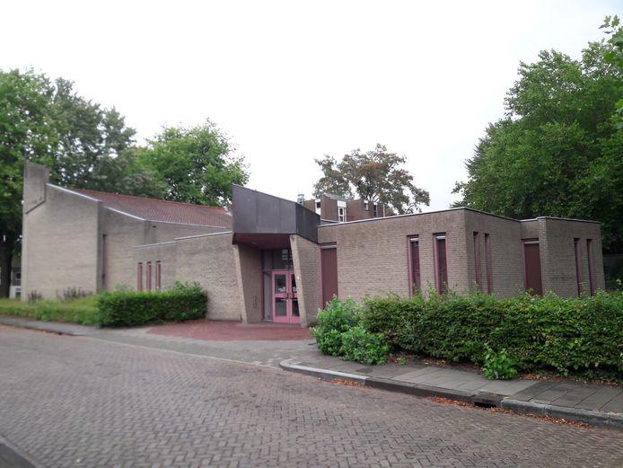 De ingang van de Vrije Evangelische Gemeente.