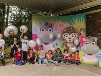 Heusdense kinderen maken kennis met gloednieuwe figuurtjes Aap en Nel