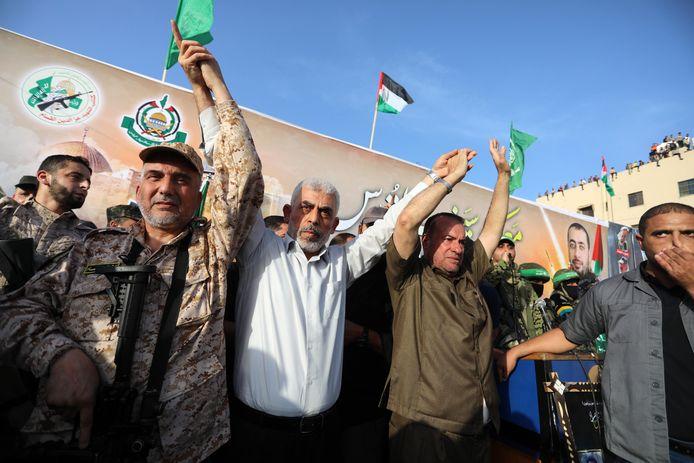 Yahya Sinwar (midden), leider van Hamas.