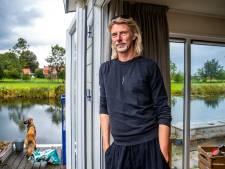 Utrechter Arnaud Mooij (53) wil dolgraag in een tiny house wonen, maar vindt maar geen (geschikte) plek