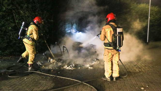 Invalidewagentje in Helmond verwoest door vuurwerk