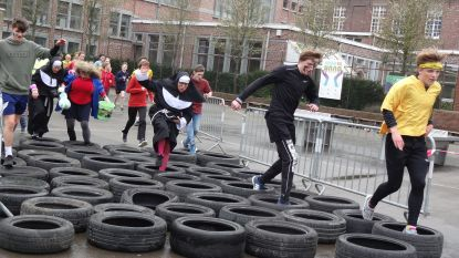 VIDEO: Trail met 1800 leerlingen door Bertinus Collectief