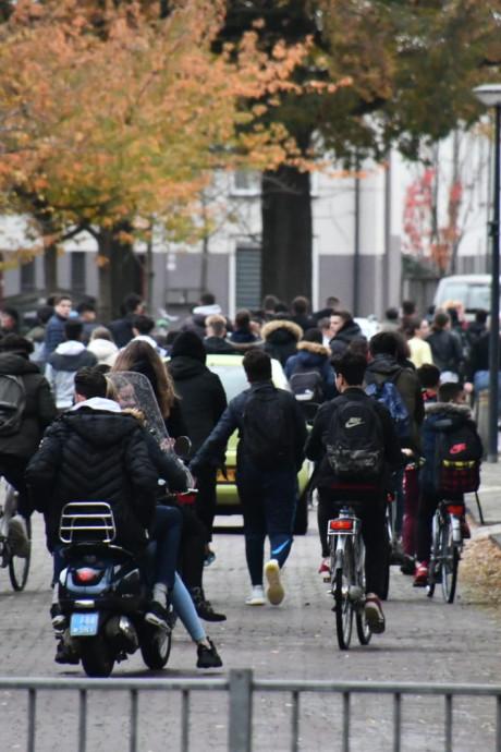 Boete voor jonge deelnemers aan massale vechtpartij bij Enschedese scholen