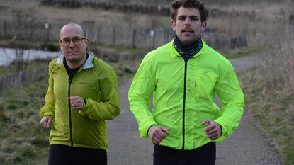 24 km door Noors gebergte tegen teelbalkanker