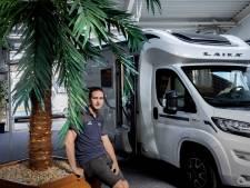 Lege showrooms en wachttijden van een jaar; verkoop campers en caravans knalt door het dak