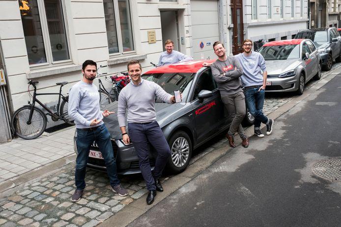 Lancering van auto deel systeem Poppy in Antwerpen.