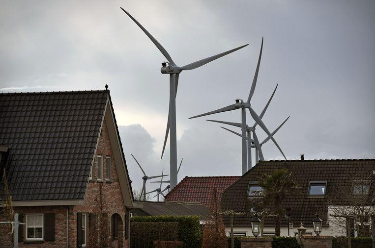Er moeten plekken worden gevonden voor windmolens en zonneparken.. Beeld Marcel van den Bergh / de Volkskrant