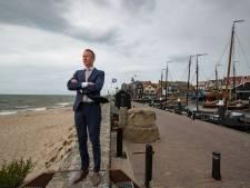 Burgemeester van Urk doet oproep aan burgers na stijging besmettingen: onderschat het virus niet