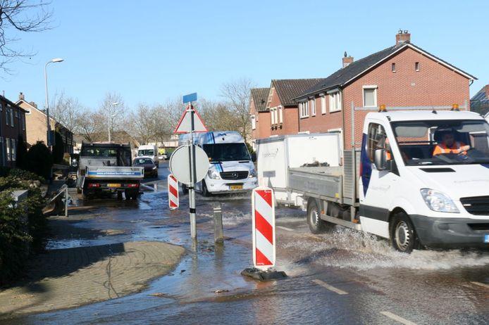 De kruising Wijnand Zeeuwstraat met de Esstraat staat blank.