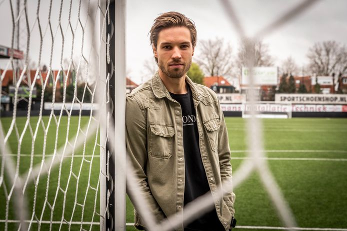 Orhan Džepar speelt nog zeker twee seizoenen in de eerste divisie, bij MVV.