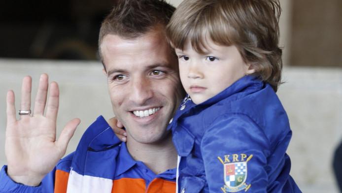Rafael met zijn zoon. Archieffoto