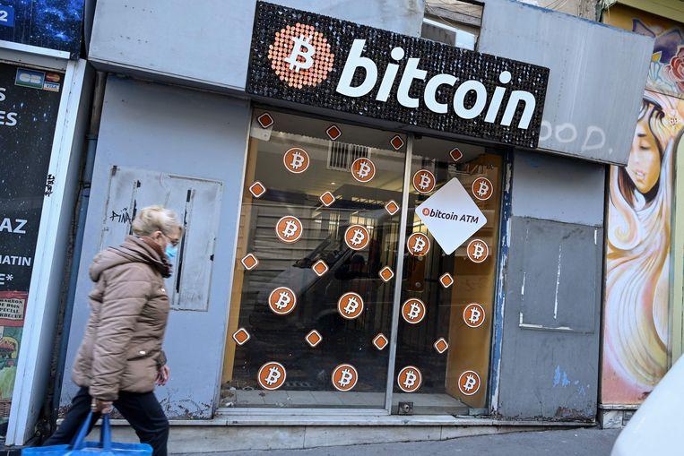 Bitcoin-winkel in Marseille. Beeld AFP