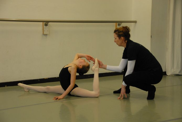 Izzie Harleman en docent Geraldine van de Griend.