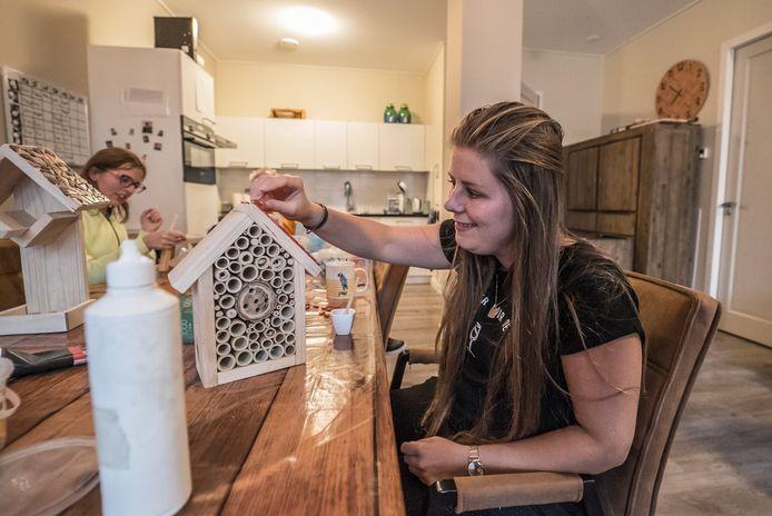 Bewoners Ons Buitenhuis verkopen zaterdag tijdens de vintagemarkt ook zelfgemaakte producten.