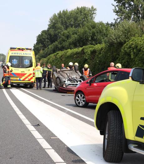 Auto op de kop bij Bodegraven