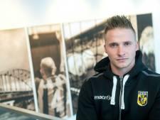 Nieuw gezicht bij RKC: Alexander Büttner traint mee
