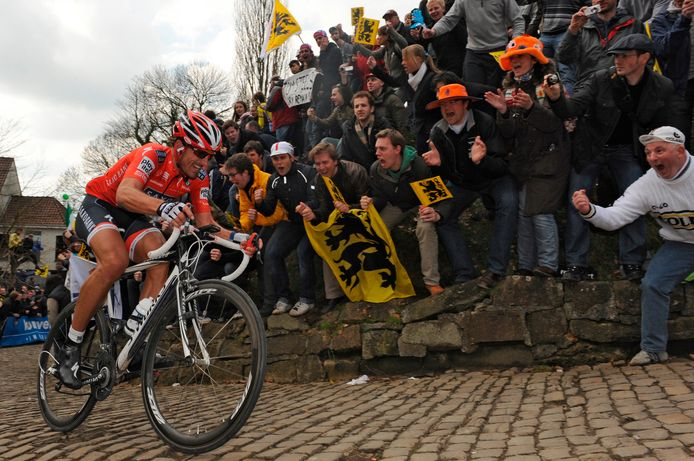 Fabian Cancellara tijdens de Ronde van Vlaanderen in 2010.