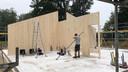 Bouw van het houten huis in Dalfsen