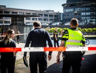 VIDEO toont moment waarop politie messentrekker neerschiet in Den Haag