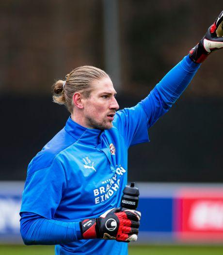 PSV-doelman Lars Unnerstall in gesprek met FC Twente over overstap