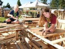Minder kinderen bij bouwweek Grave: 'Eigenlijk best lekker'