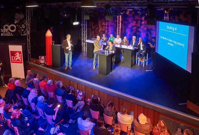 Vier van de negen partijen - hier tijdens het debat in De Pul - in Uden zijn er samen bijna uit: Jong Uden, CDA, VVD-Leefbaar Uden en Gewoon Uden.