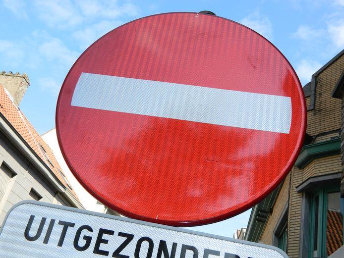 Je kan de straten niet in.