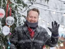 Op deze plek in Oud-Beijerland kunnen kerstwensen in de boom worden gehangen