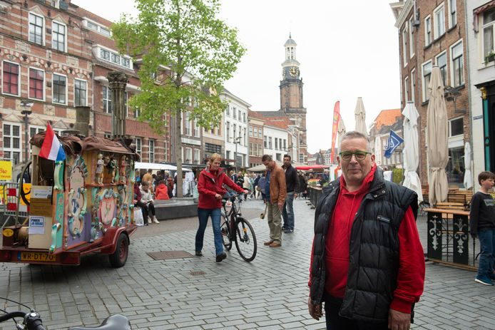 Anton Menkveld van Kies Lokaal wil de discussie over een openbaar toilet in Zutphen weer aanzwengelen. Zijn partij heeft vragen gesteld aan het gemeentebestuur.