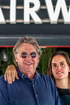 Haatcampagne tegen horecazaak van dochter Henk Westbroek: 'Nazi-kroeg' en 'wij komen langs'