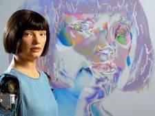 Un robot artiste expose à Londres pour la première fois