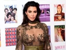 Kim is onherkenbaar in sm-outfit en Christina is het nieuwe vrijheidsbeeld