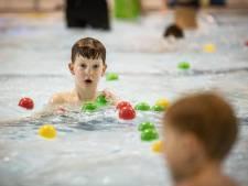 Achterstand zwemlessen in Borne loopt weer op door breuk, zwembad wacht op materialen