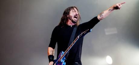 Foo Fighters brengen als de 'Dee Gees' discoalbum uit