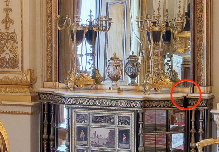 De 'geheime deur' van de Queen.
