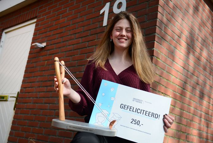 Henrike Koenderink met de Wil Gradussen Award.